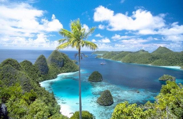 Keindahan Tersembunyi di Kepulauan Raja Ampat Papua