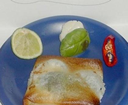 Scallops bricks with lime and basil
