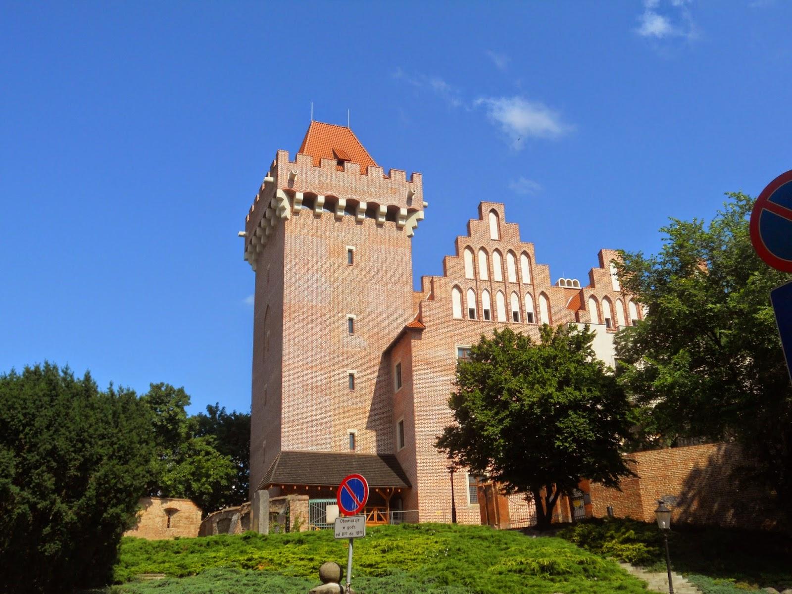 Historia y Genealogía: Castillo Real, Zamek Królewski. Poznan. Polonia