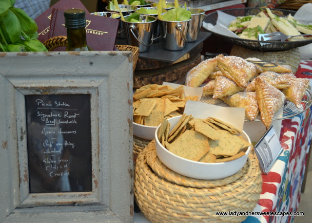 Picnic Station at The Art of Brunch in Movenpick Dubai