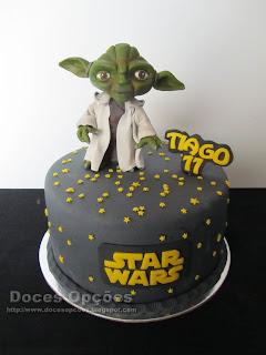 Bolo de aniversário Star Wars com o Yoda