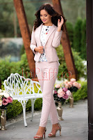 Compleu elegant sacou si pantaloni roz pudra