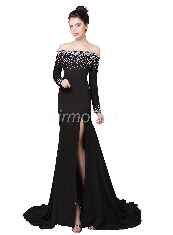496aca98a A escolha e o tipo de vestido: O vestido de formatura pode ser um pouco  menos formal. Escolha tecidos mais fluidos, leves, frescos e menos armados,  ...