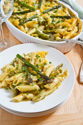 Asparagus and Ramp Pesto Mac n Cheese
