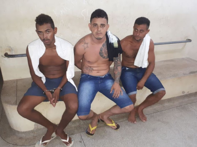 Trio é preso com quase 4 quilos de droga e negociava venda do entorpecente por mensagens de celular em Rodrigues Alves