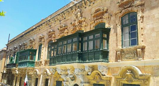 valletta buildings malta travel guide