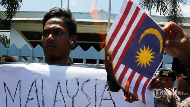 Menghadap Jokowi, Menpora Lapor soal Bendera Indonesia yang Terbalik di Malaysia