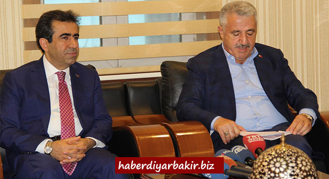 Ulaştırma Denizcilik ve Haberleşme Bakanı Ahmet Arslan Diyarbakır'da