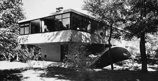 Casa Moderna con forma de puente en Mar del Plata, Buenos Aires, Argentina 1943 -45
