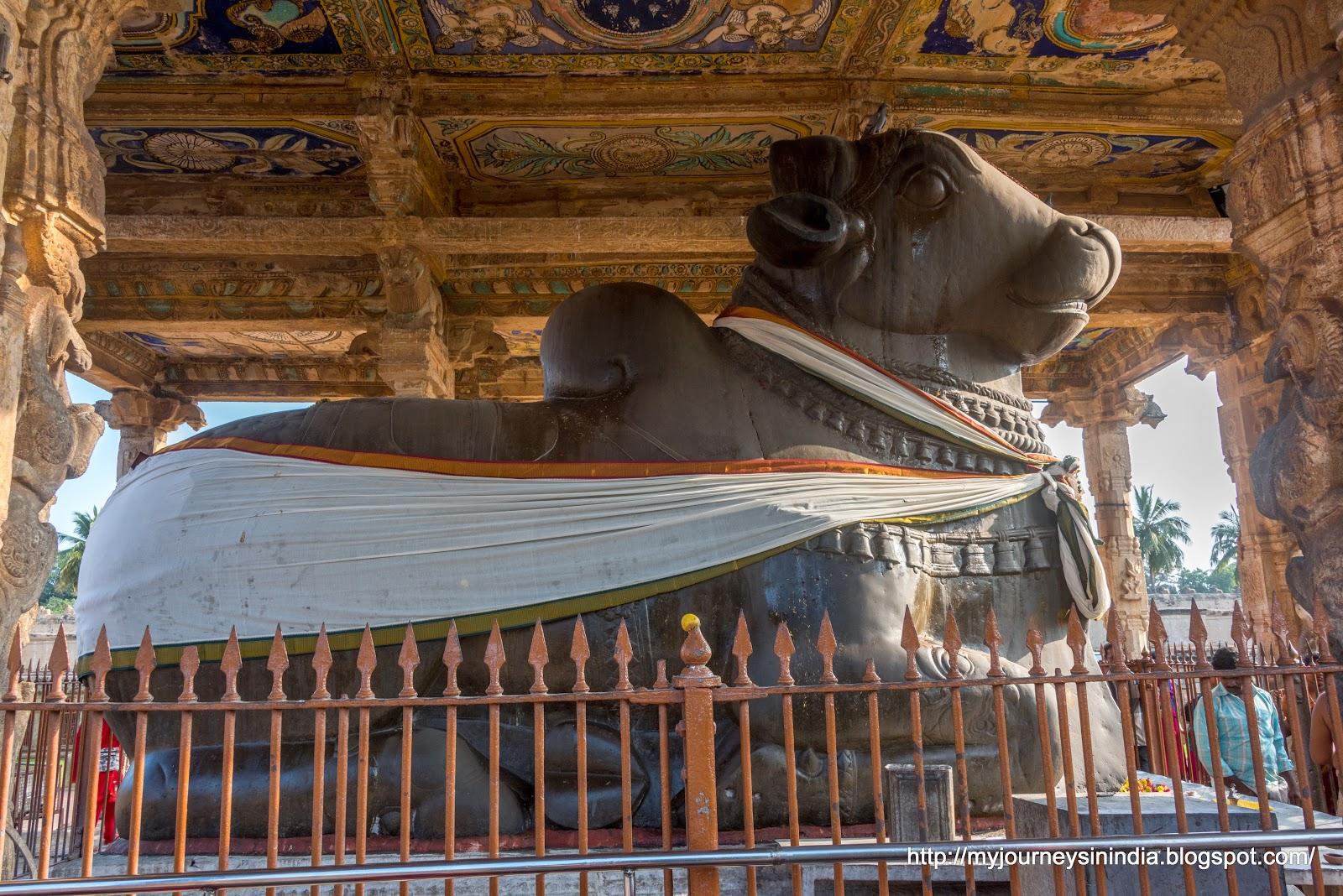 Thanjavur Brihadeeswarar Temple Big Nandi Mantap
