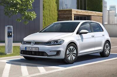 Volkswagen e-Golf (2017) Front Side