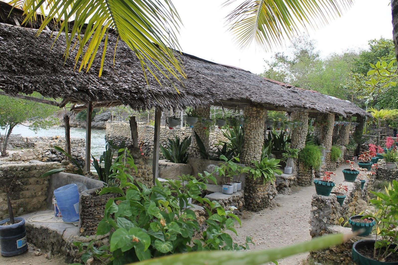 just-mom-carcar-city-beach-resort-villa-luz-by-the-sea-medium-cottages