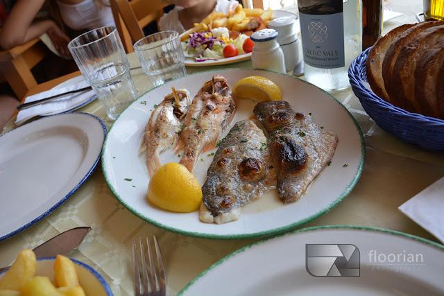 Restauracja przy tradycyjnym targu rybnym w Marsaxlokk na Malcie