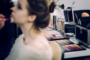 Salon Rambut dan Make Up di Sidoarjo
