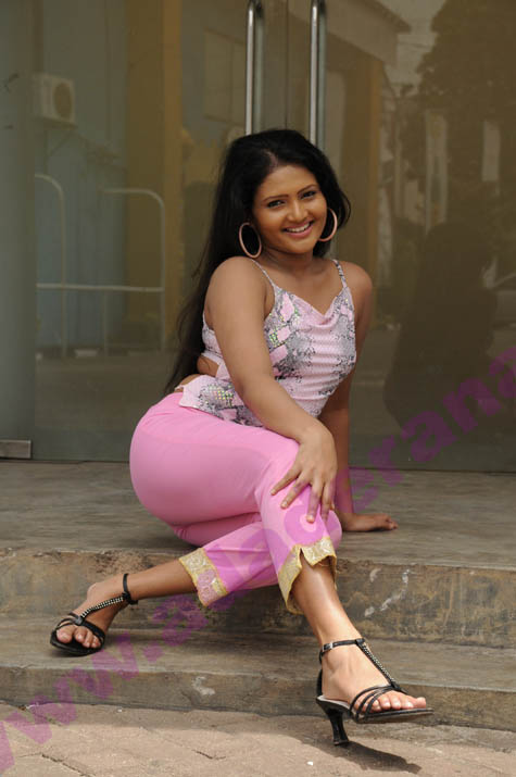 sri lankan actresses feet  hot mix