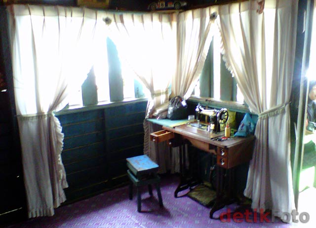 Ruang Tamu Di Indonesia Tapi Dapur Malaysia