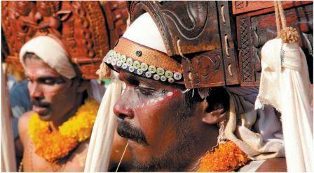 Poothan et Thira kerala festival