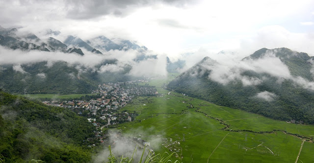 Mai Chau is definitely the place you should go!