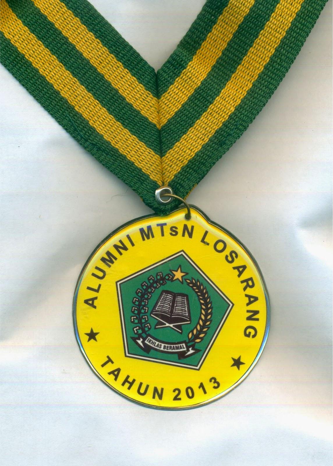 Medali Kelulusan Sekolah