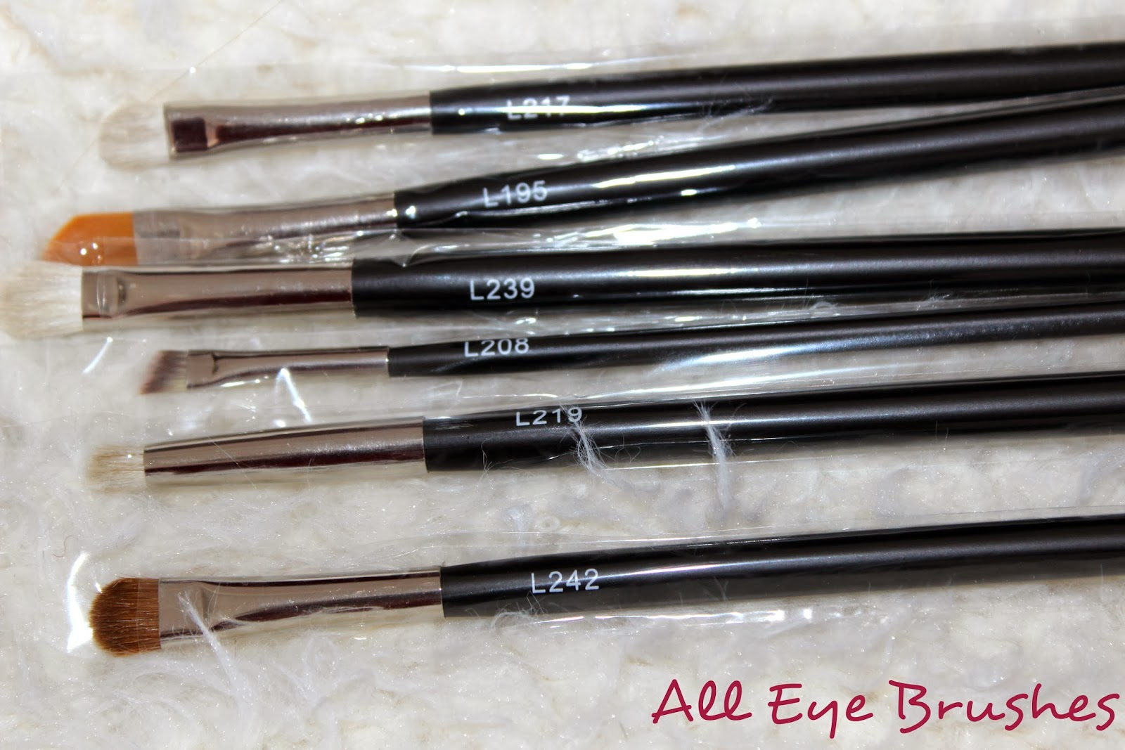 Luuux Brush Set Review eye Brushes
