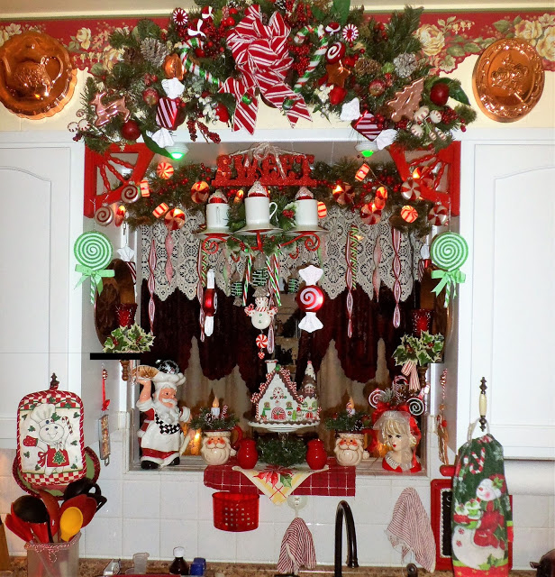 Christmas Candy Kitchen Part 2, Christmas Home Tour, 2016