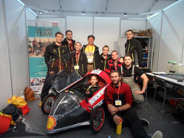 Hasznos tapasztalatot szereztek, s jövőre is indulnának a londoni Shell Eco-marathon versenyen a Debreceni Egyetem Műszaki Karának autóépítői.