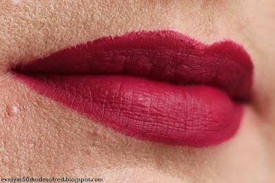 Bourjois Rouge Velvet The Lipstick 10 Magni-fig