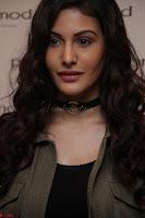 Amyra Dastur Looks Super cute At Denim Atelier (6).JPG