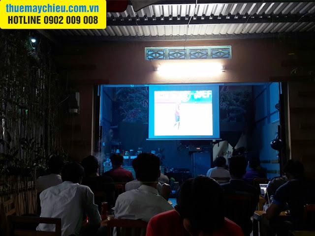 VNPC cho thuê máy chiếu xem bóng đá K+ ở quán cafe