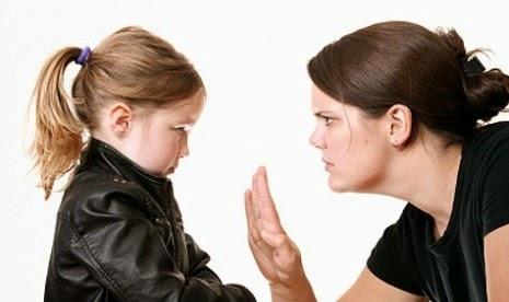 Dampak Buruk Overprotektif Bagi Anak