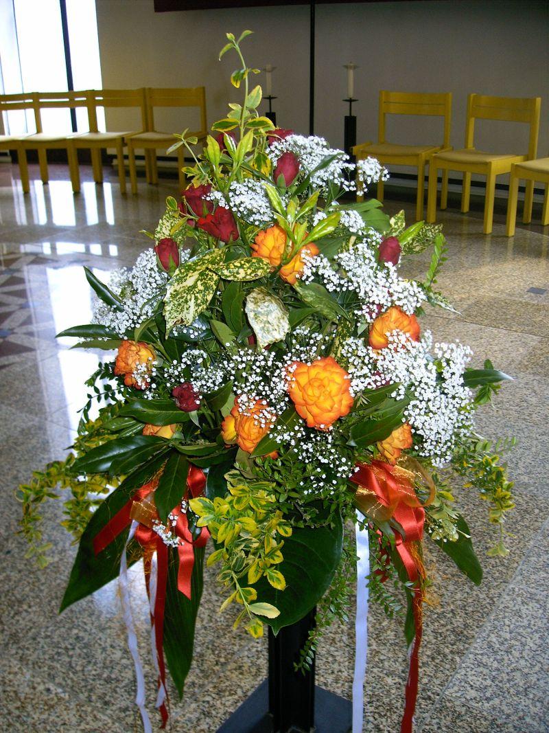 Kirchenschmuck Blumengesteck