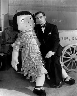 Amor por los muñecos.