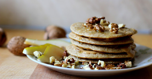 Pear pancakes with peanut butter