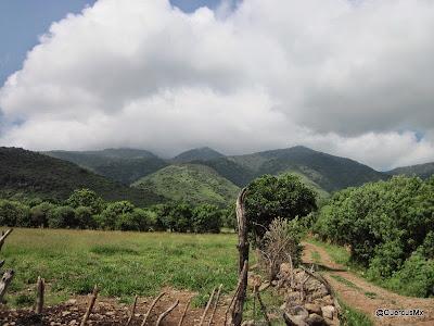 Cerro García desde brechas de San Luis Soyatlán