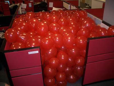 17 Contoh Bercanda di Kantor yang Keterlaluan, Dijamin NGAKAK!