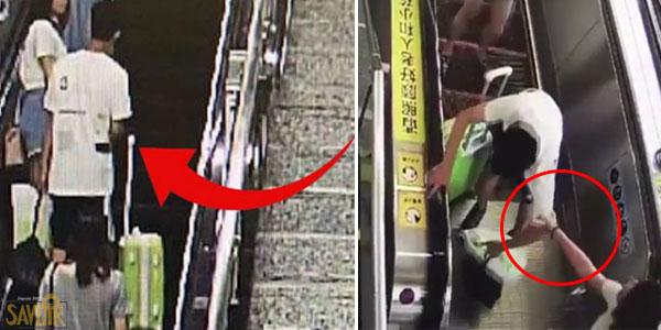 Il lui touche les fesses à la station de métro. ce qu'elle fait est un véritable exemple!