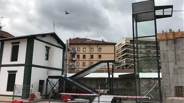 Obras de la pasarela de Lasesarre