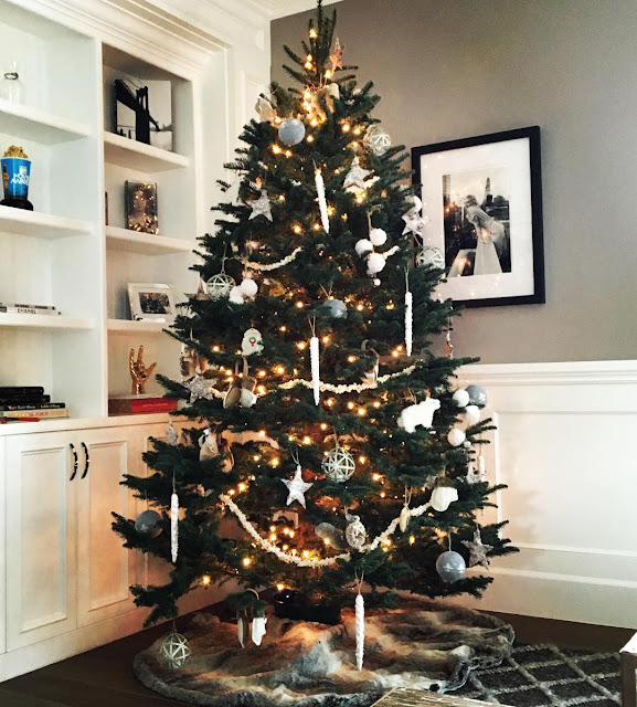 The Best Of Celebrity Christmas Trees @ashleytisdale - Cool Chic Style Fashion