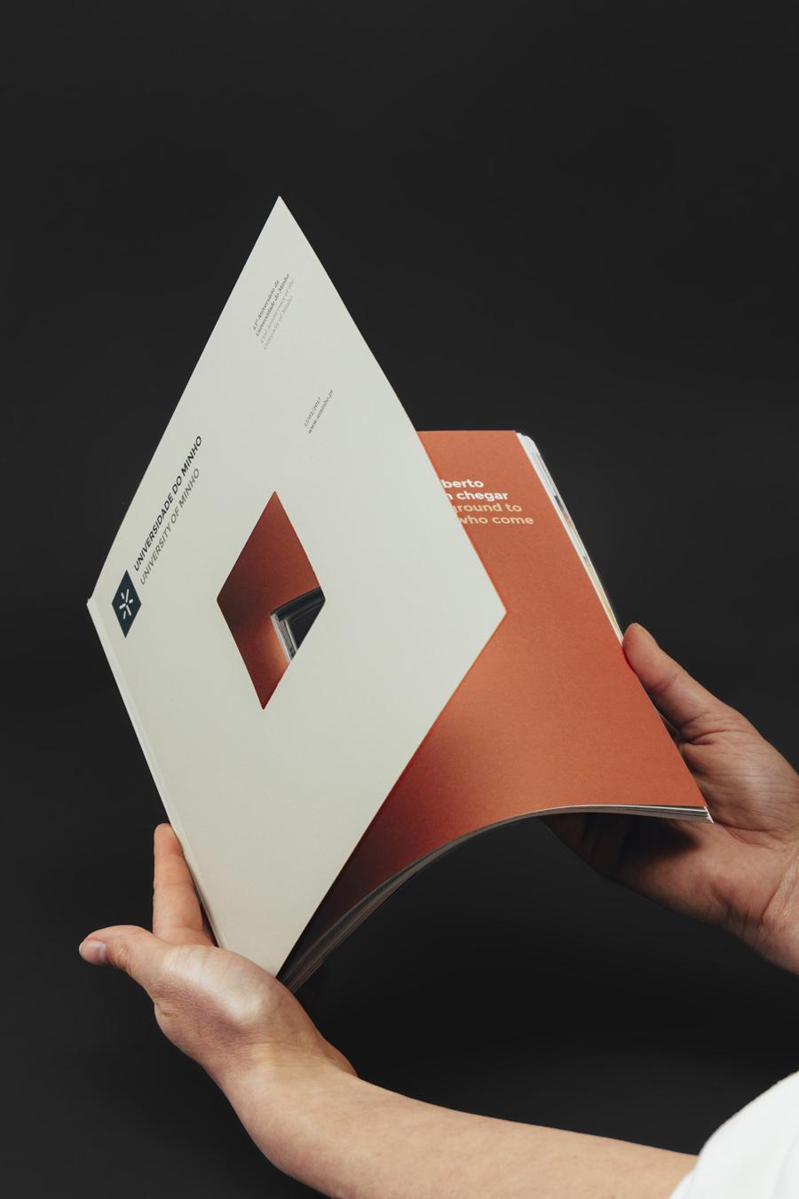 UMinho anniversary magazine by gen design studio