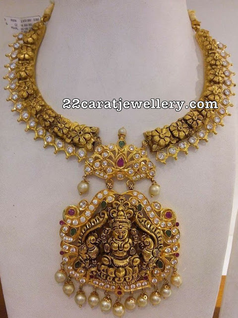 Nakshi Floral Necklace with Lakshmi Pendant