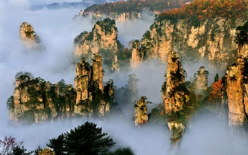 Las Montañas de Zhangjiajie en la provincia china de Hunan son un expectaculo natural como un mundo salido de otro mundo.
