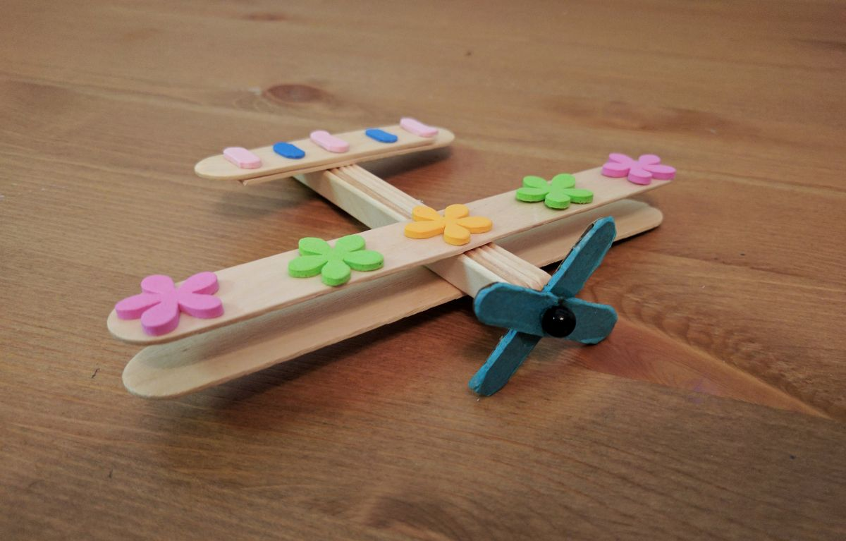 The joy of sharing airplane craft for Airplane crafts for toddlers