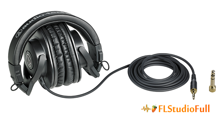 O fone de ouvido ATH M30x tem corpo articulado e cabo unilateral
