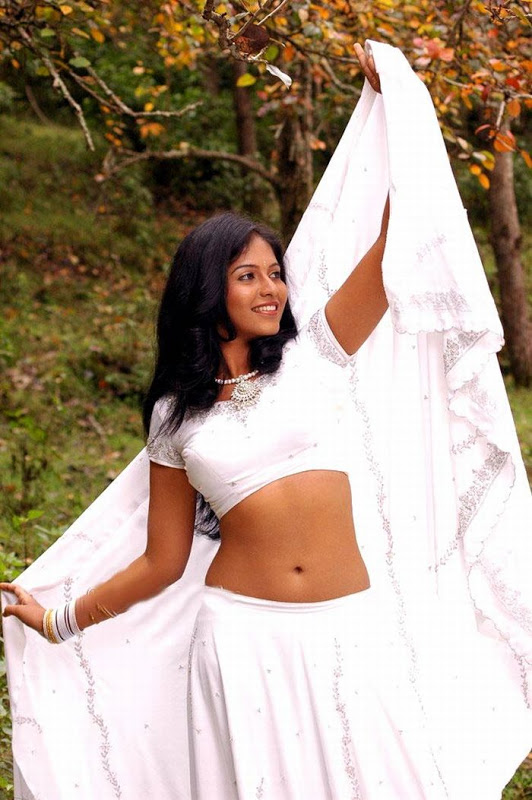 Anjali stomach images