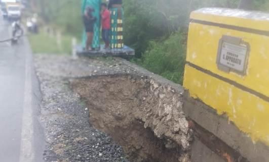 Hujan Dan Angin Terus Landa Selayar, Jembatan S. Appabatu, Mulai Tergerus Air