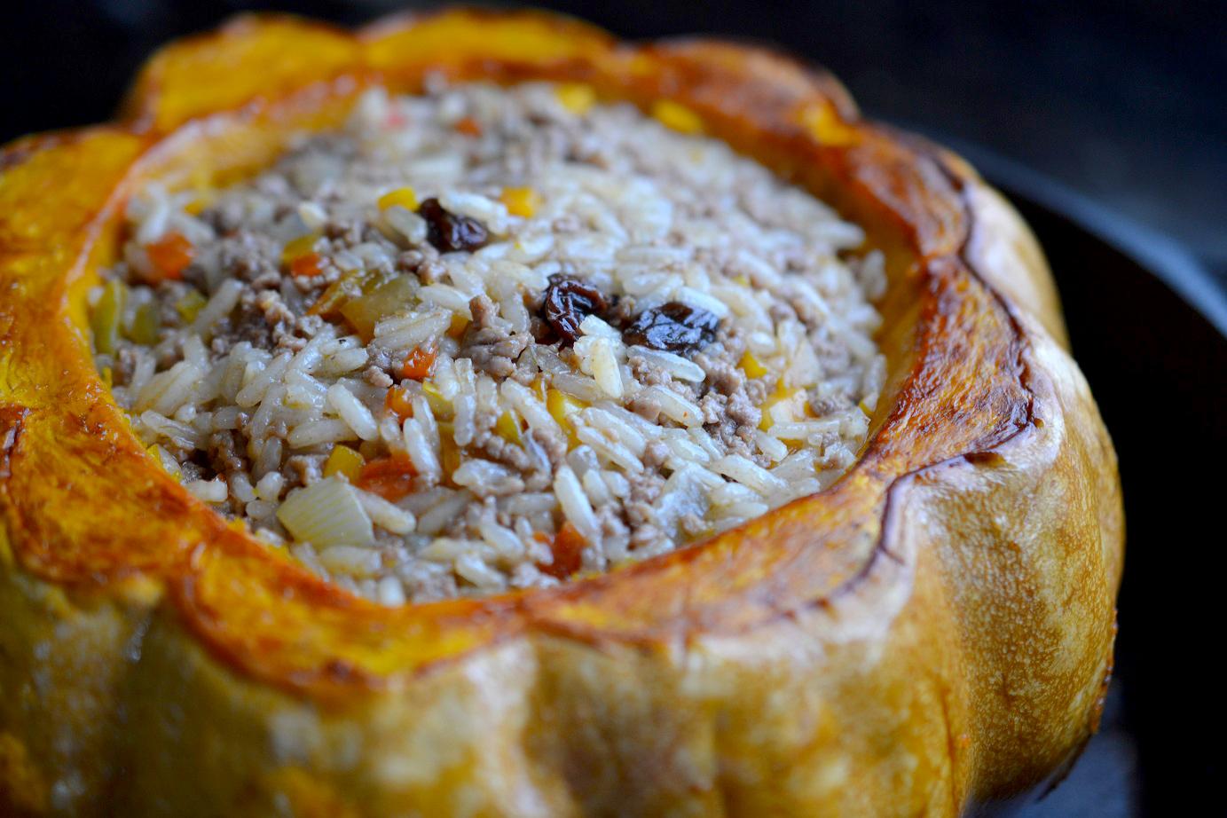 Greedy Girl : Beef and rice stuffed pumpkin