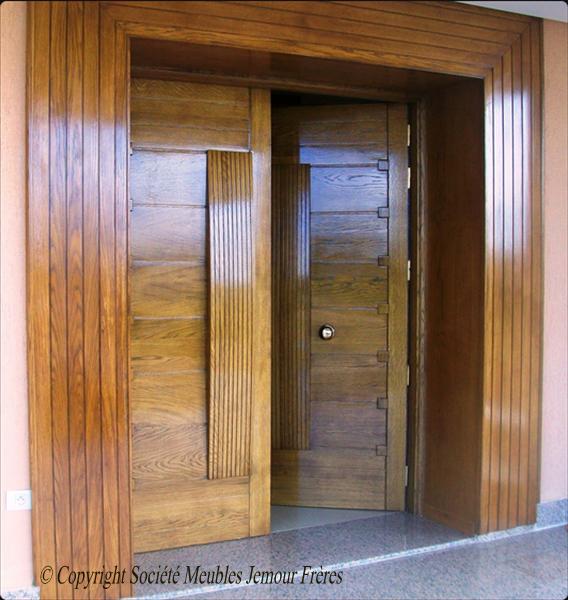 Portes d'entrée de villa moderne en bois noble - Chêne - Tunisie | Société Meubles Jemour Frères