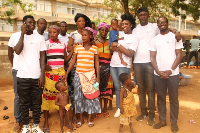 Photos: Ghanaian UK based Gospel musician Princess Roy help the less privileged of the street of Accra