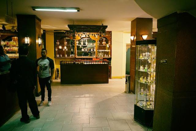 エジプト アスワン市内の香水ショップ