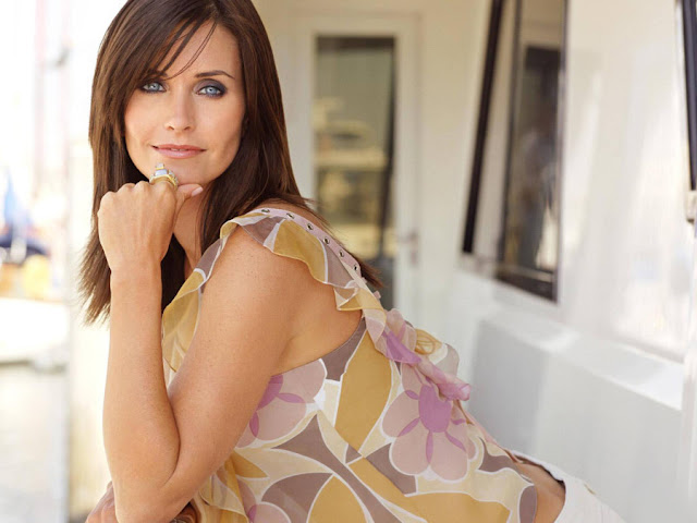 Courtney Cox HD Wallpapers Free Download